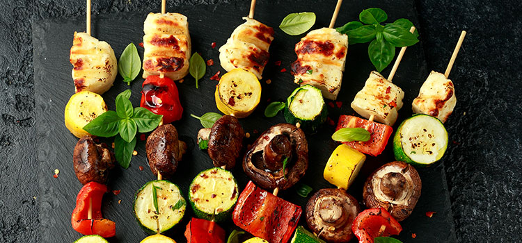 Grilled Button Mushrooms with Halloumi Cheese For Dinner Tonight [Recipe]   ultimatemedicinalmushrooms.com
