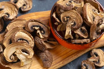 4 Things To Know About How To Dry Mushrooms | ultimatemedicinalmushrooms.com