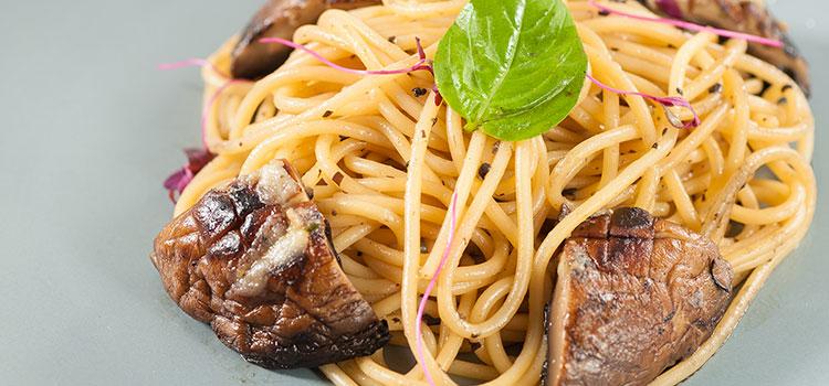 Pasta with Shiitake For An Elegant, Delicate Dinner [Recipe]   ultimatemedicinalmushrooms.com