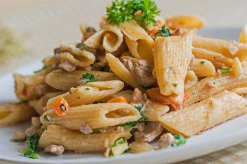 Alfredo Pasta with Portobello To Satisfy Your Cravings   ultimatemedicinalmushrooms.com