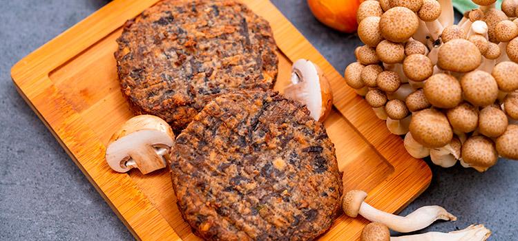Mushroom Sirloin Burgers, A Decadent Meal Just For You | Ultimatemedicinalmushrooms.com