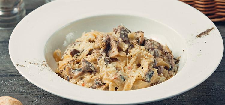 Vegetarian Mushroom Stroganoff Is The Perfect Vegetarian Meal   ultimatemedicinalmushrooms.com