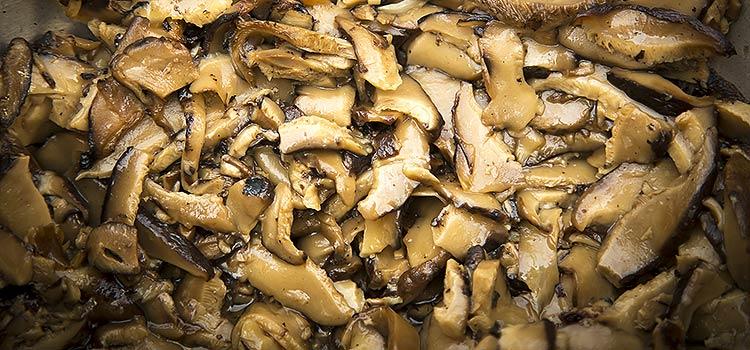 Buttered Portobello Mushrooms with Garlic | ultimatemedicinalmushrooms.com