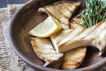 Grilled Mushroom in Lemon and Olive Oil | ultimatemedicinalmushrooms.com