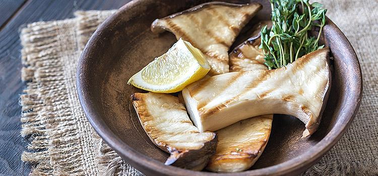 Grilled Mushroom in Lemon and Olive Oil   ultimatemedicinalmushrooms.com