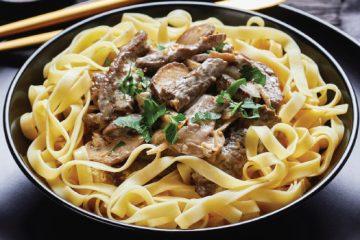 Beef Stroganoff with Porcini Mushrooms To Treat Yourself Tonight | ultimatemedicinalmushrooms.com